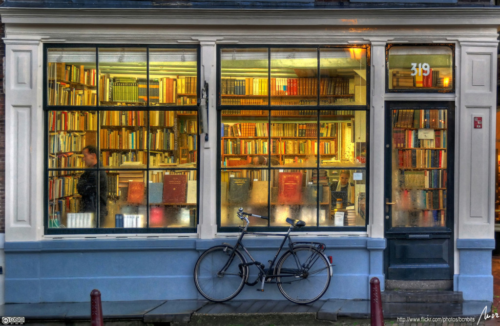 Photo: llibreria - bookstore - Amsterdam - HDR, by MorBCN (Flickr